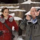 MARIA BELLO as adventurer Evelyn OConnell and director ROB COHEN on the set.