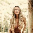 Bárbara Koboldt - Sexy Magazine Pictorial [Brazil] (February 2010) - 400 x 600