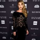 Nina Agdal – Harpers Bazaar Icons Party 09/09/2016 - 454 x 682