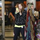 Bella Thorne – Arrives at airport in Los Angeles