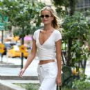 Frida Aasen – On her way to the fittings for the Victoria Secret Fashion Show in NYC - 454 x 454