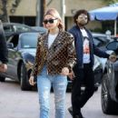Hailey Baldwin at Alfred Coffee in Brentwood