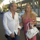 Nicollette Sheridan And Michael Bolton In Beverly Hills 2007-09-07