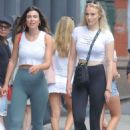 Sophie Turner in Tights – Shopping in New York