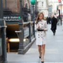 Nicole Lapin - CNBC - Behind the Scenes - 454 x 303