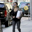 Michelle Rodriguez in Ripped Jeans Out Shopping in Beverly Hills - 454 x 609