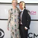 Nicole Kidman and Keith Urban : 2017 ACM Awards - 378 x 600