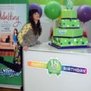 Hannah Simone at Swiffer's 18th Birthday celebration in New York City - 454 x 303
