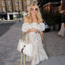 Tess Daly – Seen at Chiltern Firehouse in London - 454 x 615