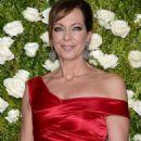 Allison Janney – 2017 Tony Awards in New York City - 454 x 681