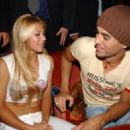 Enrique Iglesias and Anna Kournikova - 454 x 326