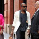 """Kanye West Scores """"Saturday Night Live"""" Gig"""