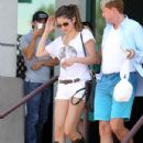 Selena Gomez grabbed lunch at the Japanese restaurant, Yamamoto, in Encino, California on July 23, 2012