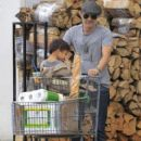 Olivier Martinez and his son Maceo are spotted out grocery shopping at Bristol Farms in West Hollywood, California on April 10, 2016 - 412 x 600