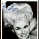 Barbara Windsor - 454 x 572