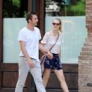 Teresa Palmer and Scott Speedman - 431 x 594