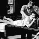 Katharine Hepburn - 454 x 341