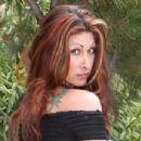 Tiffany Mynx - 352 x 218