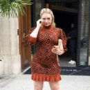 Iskra Lawrence – Out during Paris Fashion Week