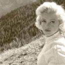 Marilyn Monroe - 454 x 320