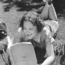 Olivia de Havilland - 454 x 511
