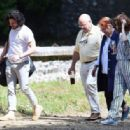 Rose Leslie and Kit Harington – Having lunch at Wardhill Castle in Aberdeen - 454 x 316