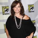 Erica Durance - Smallville Press Conference At The San Diego Comic-Con - 26.07.2009