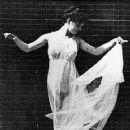 Isadora Duncan - 360 x 500