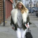 Iggy Azalea runs errands in Calabasas, California on December 10, 2016 - 400 x 600