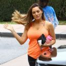 Kelly Brook Heads To The Gym In La