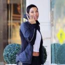 Nicole Murphy buying some pet supplies in Beverly Hills, California on February 14, 2017 - 454 x 580
