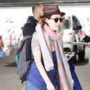 Lena Headey  – Arrives at LAX Airport in LA - 454 x 578