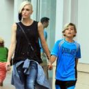 Gwen Stefani Shopping With Family At The Grove