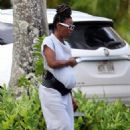 Kelly Rowland out for a walk in Hawaii