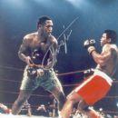 Joe Frazier & Muhammad Ali - 400 x 499