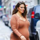 Ashley Graham in Shapely Dress – Out in New York
