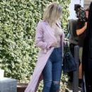 Khloe Kardashian is spotted at Casa Vega in Studio City, California on June 8, 2016 - 394 x 600