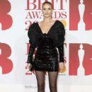 Rosie Huntington Whiteley – 2018 Brit Awards in London - 454 x 682