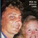 Barry Manilow and Linda Allen - 454 x 615