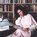 Jacqueline Susann - 225 x 284