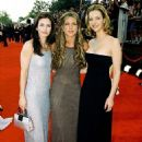 Courteney Cox, Jennifer Aniston and Lisa Kudrow At The 6th Annual Screen Actors Guild Awards (2000) - 454 x 622