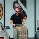 """Action star Jason Statham and girlfriend Rosie Huntington-Whiteley are spotted doing some grocery shopping during the July 4th weekend in Malibu. Staham will next appear in """"Killer Elite"""" alongside Clive Owen and Robert De Niro"""