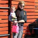 "Nicole Kidman & Keith Urban's Family Weekend ""Romp"""