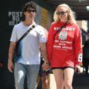 Sophie Turner and Joe Jonas – Out in Manhattan