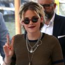 Kristen Stewart – Seen arriving at the 76th Venice Film Festival