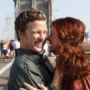 Debra Messing and Will Chase - 454 x 303
