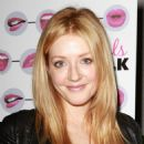 Jennifer Finnigan - Girls Talk opening night - Lee Strasberg Theater in L.A. - 18.03.2011 - 454 x 605