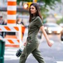 Victoria Justice – Out in Manhattan, New York City