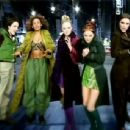Spice Girls - 2 become 1 - 454 x 343