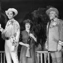 ANNIE GET YOUR GUN Original 1966 Music Theater Of Lincoln Center Revivel Starring Ethel Merman. - 454 x 361